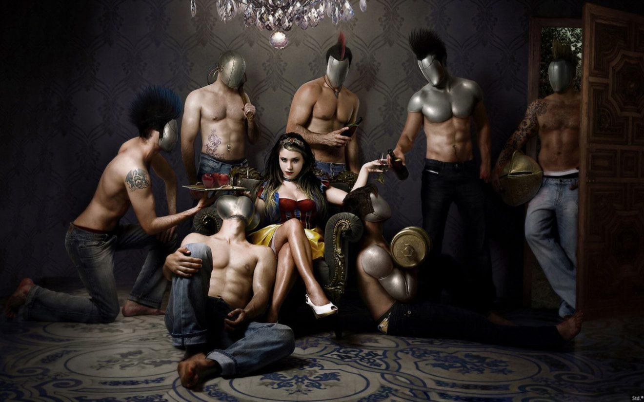 Парень в рабстве у девушки