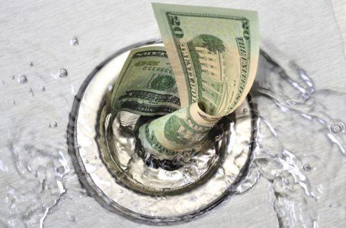 4 знака, которые не умеют обращаться с финансами!